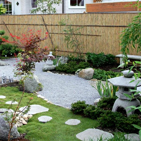 Bambus-Zaun-ím-Garten-Ideen