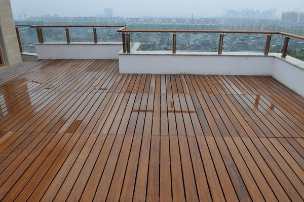 Bambus_Terrassen-dielen_Dachterrasse_groß-Terrassendiele-aus-Bambus