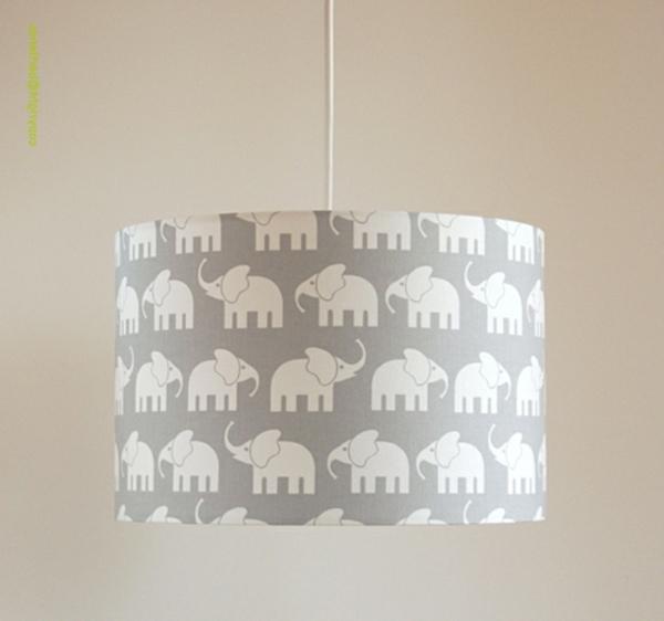 Deckenlampe-für-das-Kinderzimmer-Grau-Weiß-Lampen-für-Kinderzimmer
