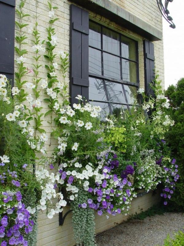 Dekoidee-Blumenkaesten-für-Balkon