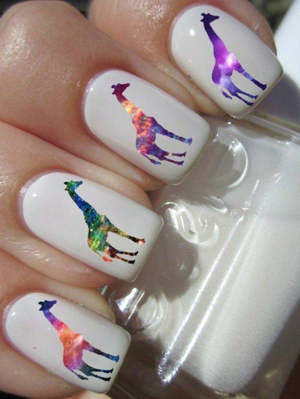 Fingernägel-Design-Idee-Giraffen