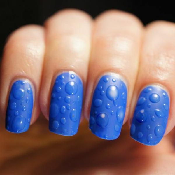 Fingernägel-Design-Ideen-in-Blau