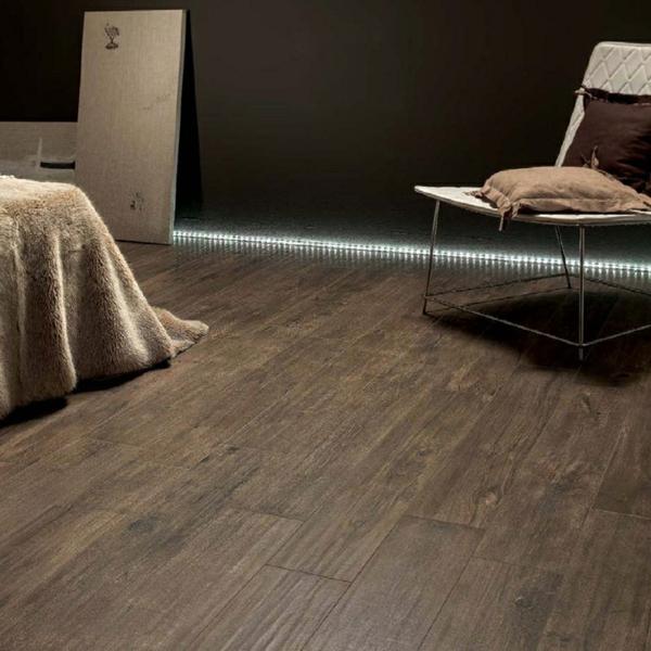 Fliesen-mit-Holzoptik-Ideen-Interior