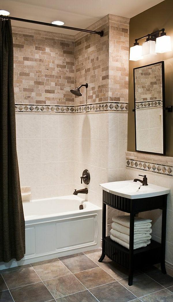 Fliesen-mit-Natursteinoptik-im-Badezimmer