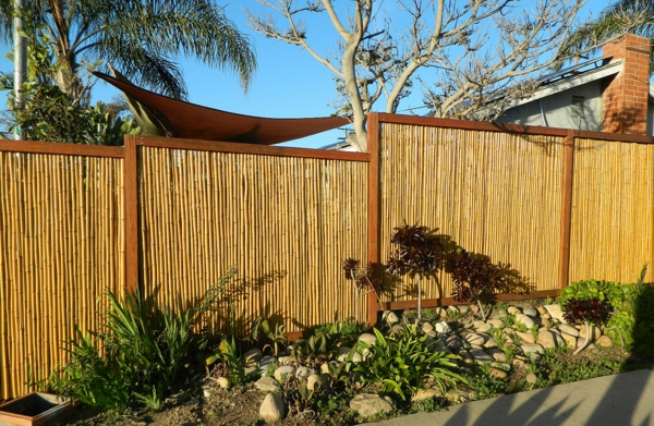 Gartenzaun-Bambus-Design-Idee