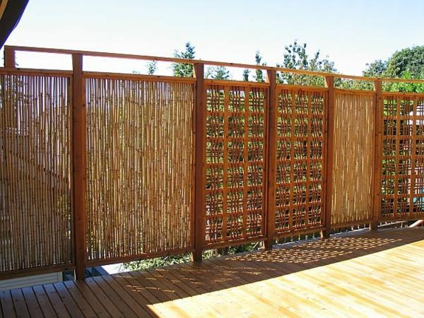 Gartenzaun-aus-Bambus-Gartengestaltung-
