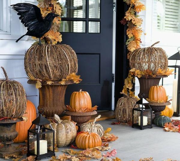 Halloween-Dekoration-selber-basteln-Kürbisse-draußen-Ideen