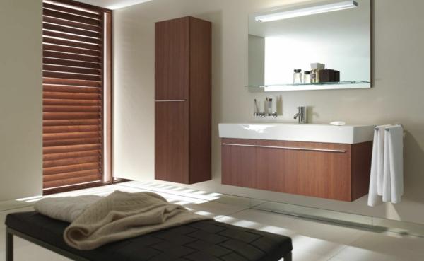 Hochschrank-im-Badezimmer-Unterschrank