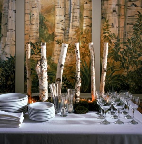 Hochzeitsdeko-Dekorationen-aus-Birkenstämmen-Tischdeko