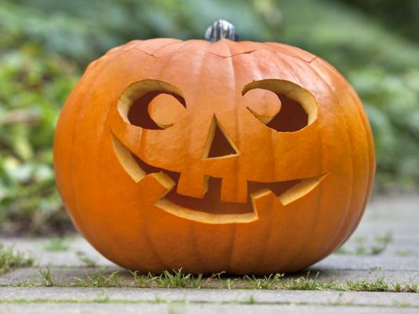 Halloween kürbis schnitzen coole ideen archzine
