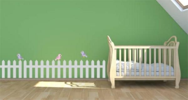 Kinderzimmer-Dachschräge-Babyzimmer-Wandgestaltung