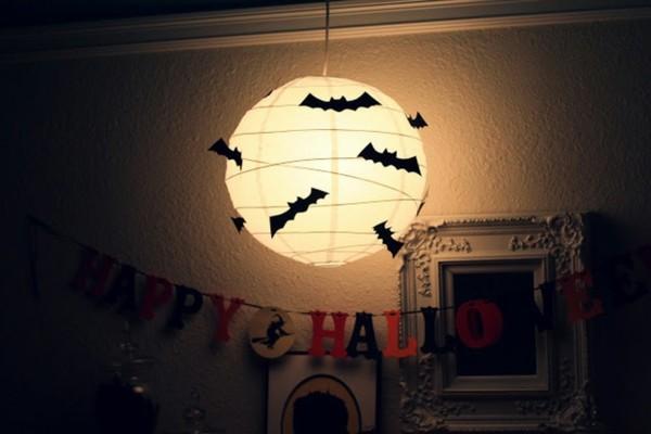 Lampe-mit-Fledermäuse-Deko-Idee-Halloween