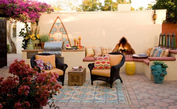 Marokkanisches-Design-Fliesen-für-die-Terrasse-Garten