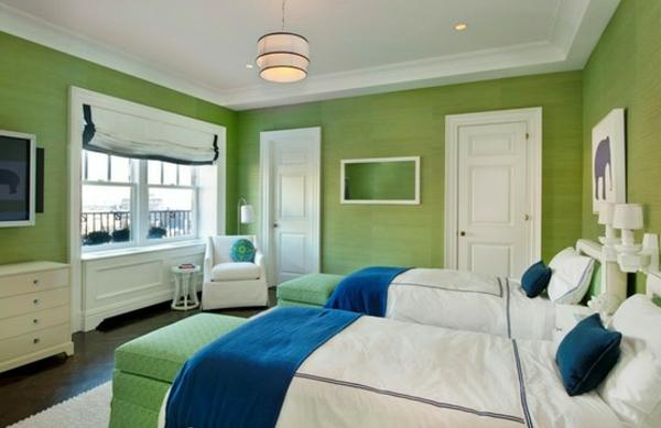 Schlafzimmer--Grüntöne-Wandfarbe