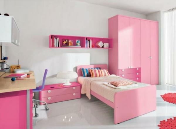 Schlafzimmer-in-Rosa-Kinderzimmer