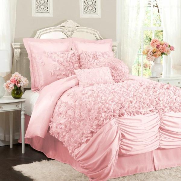 Schlafzimmer-in-Rosa-tolle-Bettwäsche