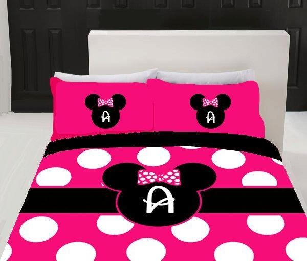 Schlafzimmer-in-rosa-Farbe-rosa-Bettwäsche