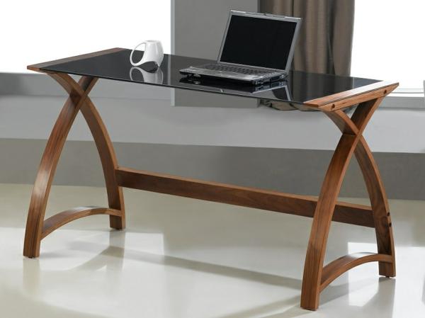 Schreibtisch-mit-Glasplatte-im-Büro-Schwarz