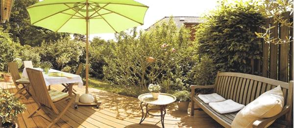 Bambus terrassendielen f r eine gem tliche atmosph re - Gemutliche gartenmobel ...