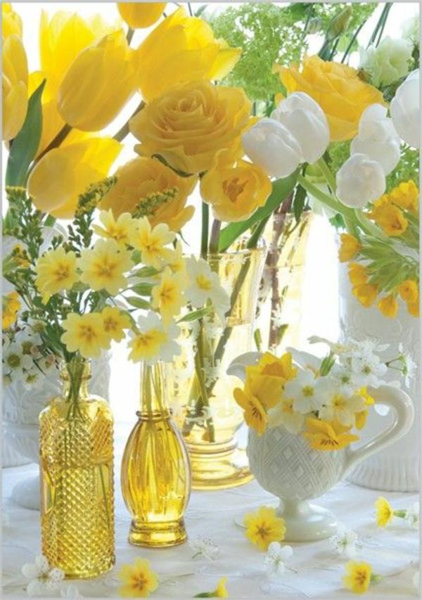 Black white yellow decorating ideas