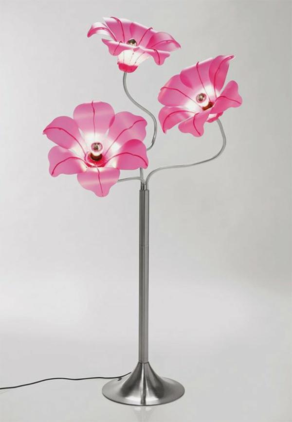 Tischlampe-mit-rosa-Blumen-Design-Idee