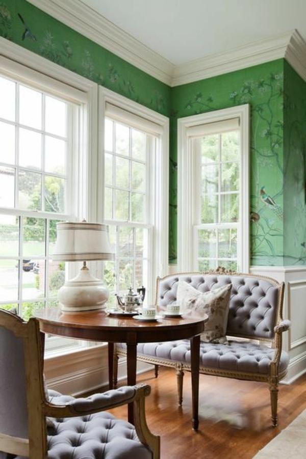 Wandgestaltung-in-grüner-Farbe-Küche