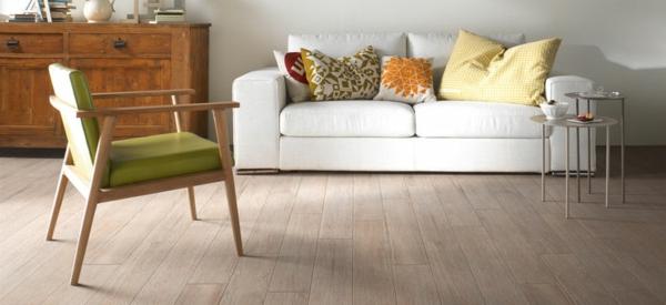 Wohnzimmer-Design-Fliesen-mit-Holzoptik-Design-Idee