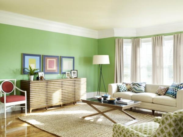 Wohnzimmer-Gestaltung-Wandgestaltung-in-grüner-Farbe