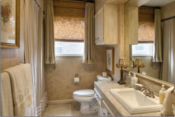 badezimmer fenster-im-kleinen-bad