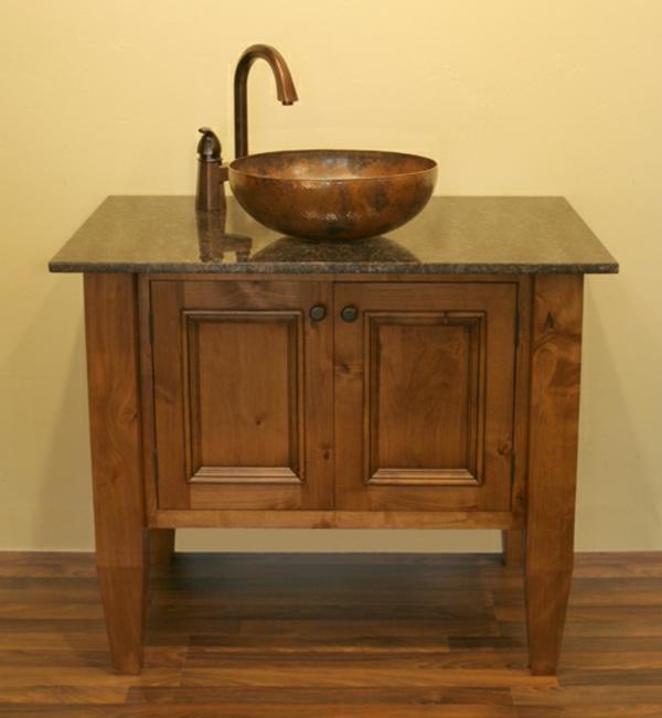 badmöbel-im-landhaus-stil-ein-waschbecken
