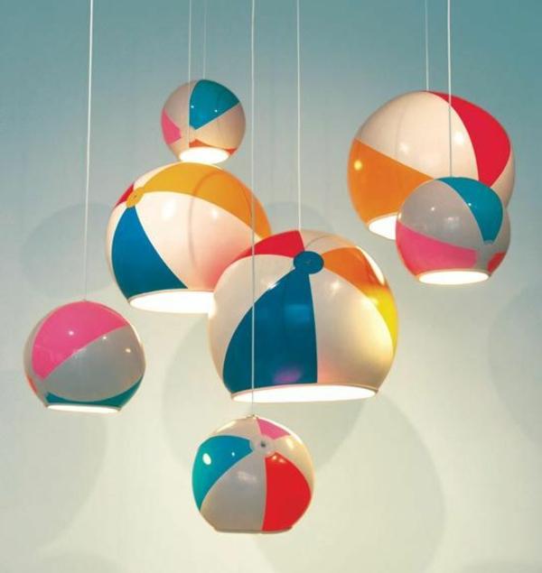 bunte-Deckenlampen-für-Kinderzimmer-Bälle