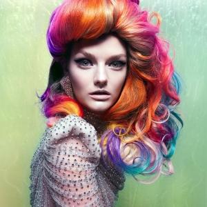 Halloween Frisuren für Frauen - 31 Bilder