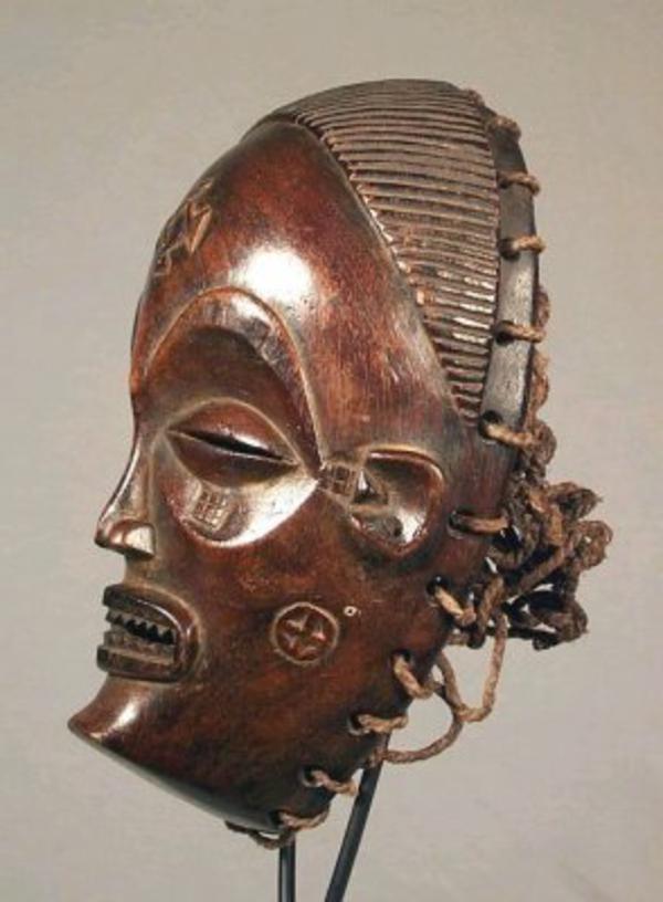 interessante afrikanische maske
