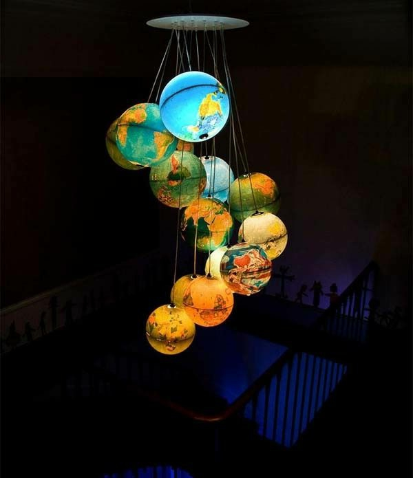 coole--Deckenlampe-für-Kinderzimmer-Kugel