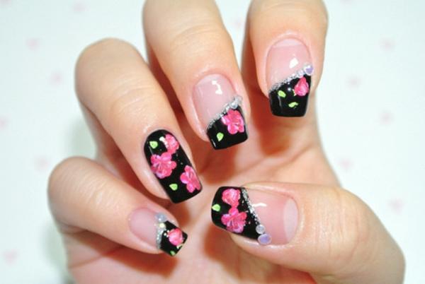 coole--Fingernägel-Design-Ideen-Blumen