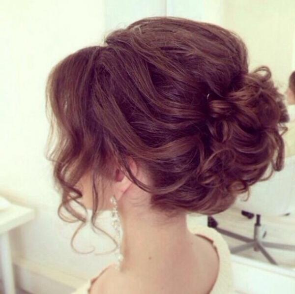 coole-Haarfarbe-schicke-Frauenfrisuren