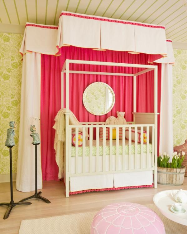 cooles-babyzimmer-mit-grellen-farben