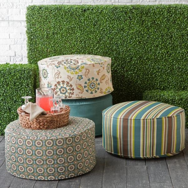 runde sitzkissen f r ein gem tliches ambiente. Black Bedroom Furniture Sets. Home Design Ideas
