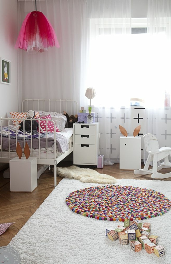 deckenlampe f r kinderzimmer tolle ideen. Black Bedroom Furniture Sets. Home Design Ideas