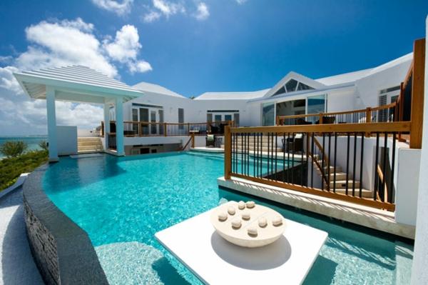 erstaunliche-Traumwohnung-Pool-