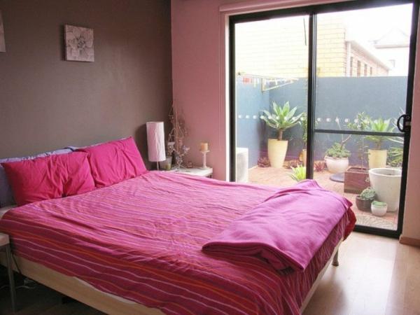 erstaunliches-Schlafzimmer-in-Rosa