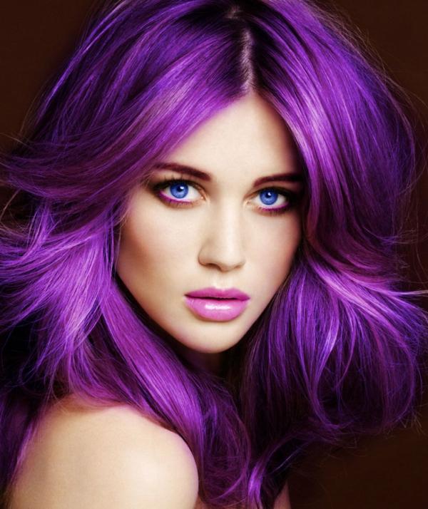 extravagante-Haarfarbe--Violett-Lila
