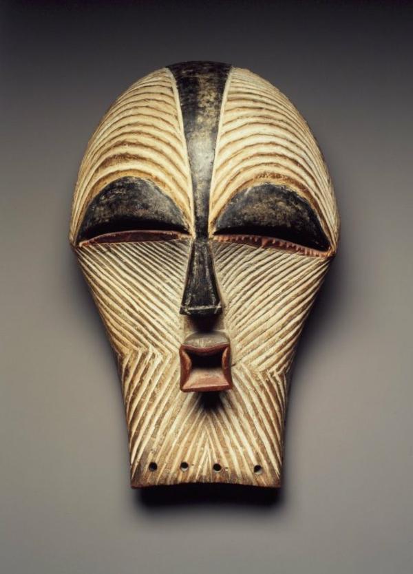 extravagante-afrikanische-masken