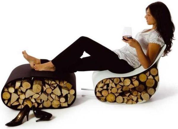 extravagante-mode-bei-der-einrichtung-sessel-mit-einem-hocker