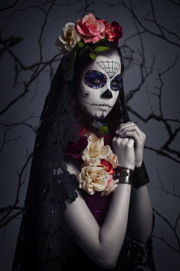 fantastische-Halloween-Schmink-Ideen-für-Party