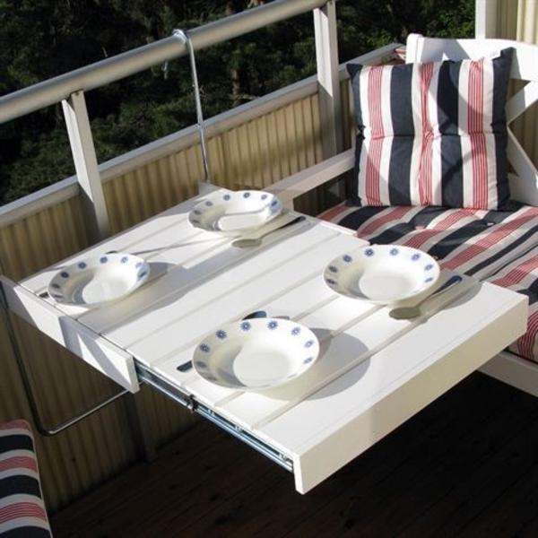 fantastischer-Hängetisch-für-Balkon-zum_Frühstücken