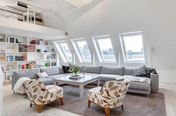 Cooles Penthaus In SchwedenWohnzimmer Mit Grauem Sofa