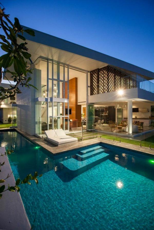 Fantastisches Traumhaus Mit Coolem Pool Idee