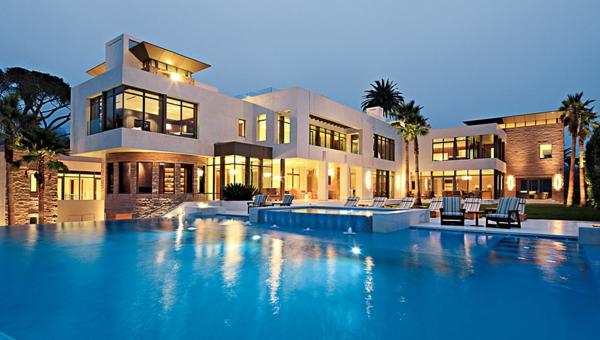 Moderne architektenhäuser mit pool  Photo : Santorini Sofa Images. Round Outdoor Patio Tables Designs ...