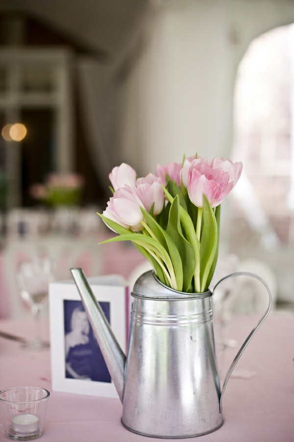 100 tolle ideen f r tischdeko mit tulpen - Coole tischdeko ...